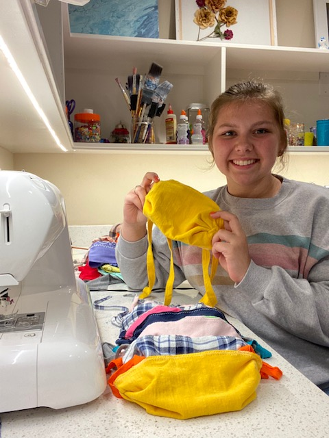 Quaran-Teens: Community-Focused Sophomore Starts Mask-Making