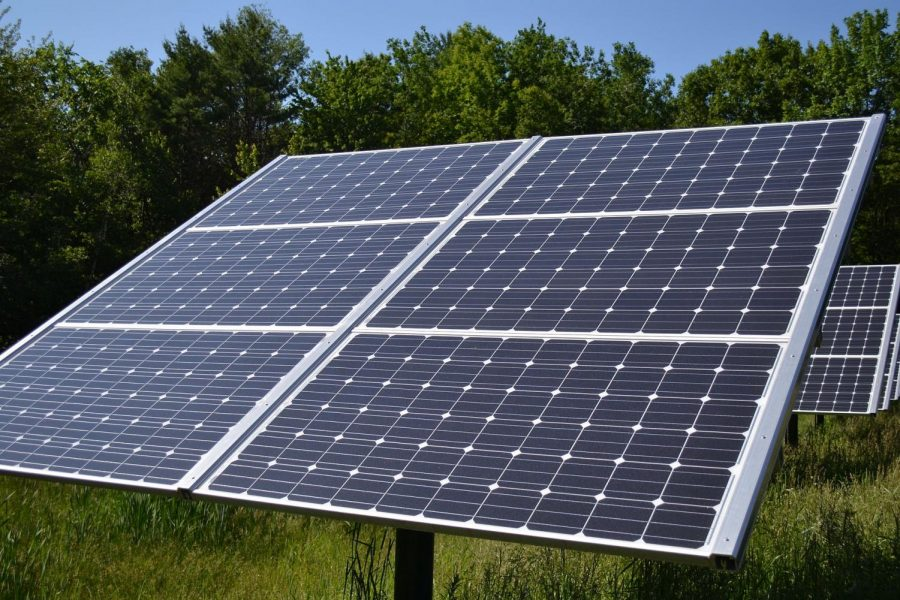 City Council Discusses Solar Panel Installation
