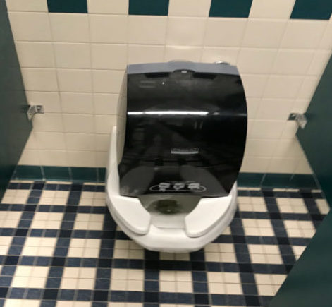 Restroom Robberies: Students Swipe Items from Bathrooms